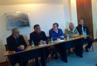 Guillier se reúne con portuarios de Valparaíso y se interioriza del conflicto por los aforos