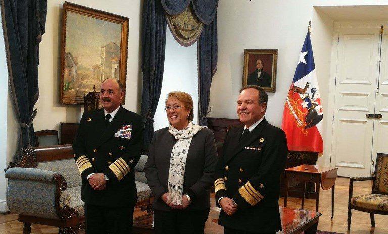 Bachelet nombra al vicealmirante Julio Leiva como nuevo comandante en jefe de la Armada