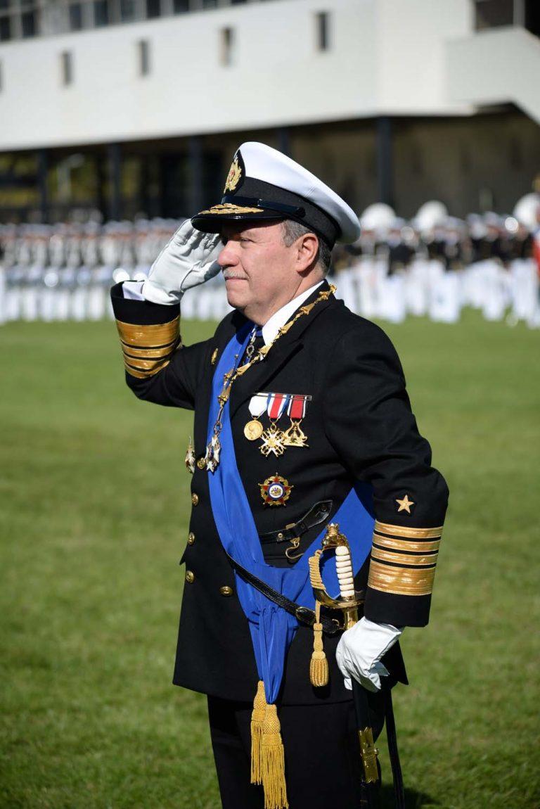 Asumió nuevo comandante en jefe de la Armada