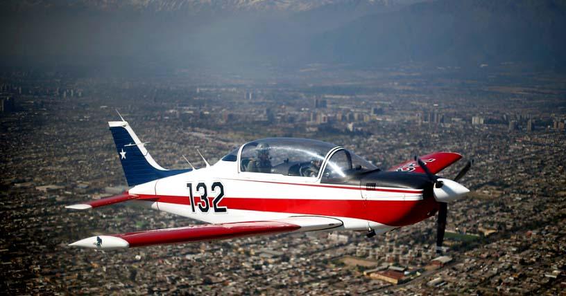 Mueren dos pilotos de la FACh al caer avión de instrucción en sector de La Tirana