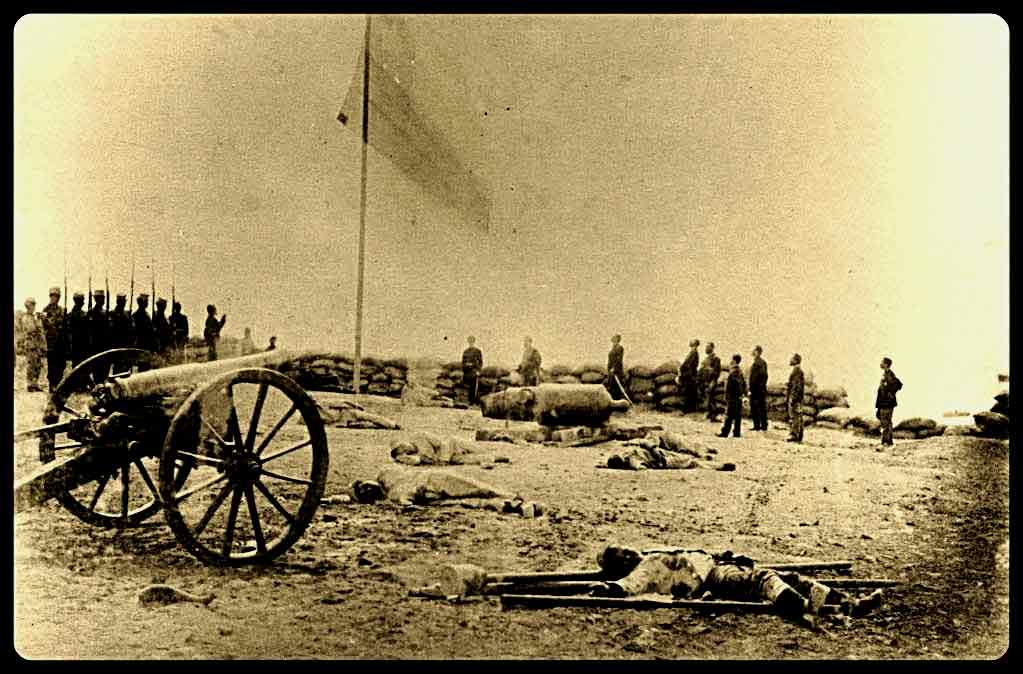 Ministro de Defensa encabezó 137° aniversario del Asalto y Toma del Morro de Arica