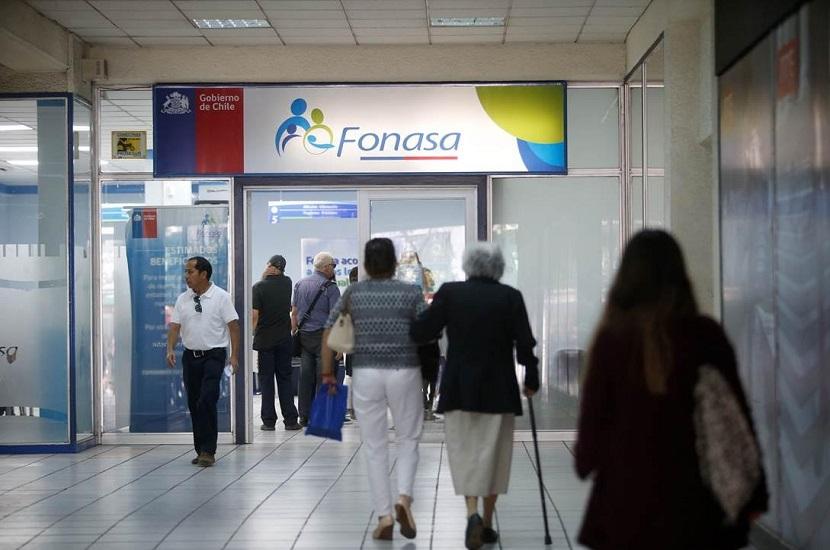 Fonasa denuncia colusión de 53 centros de diálisis