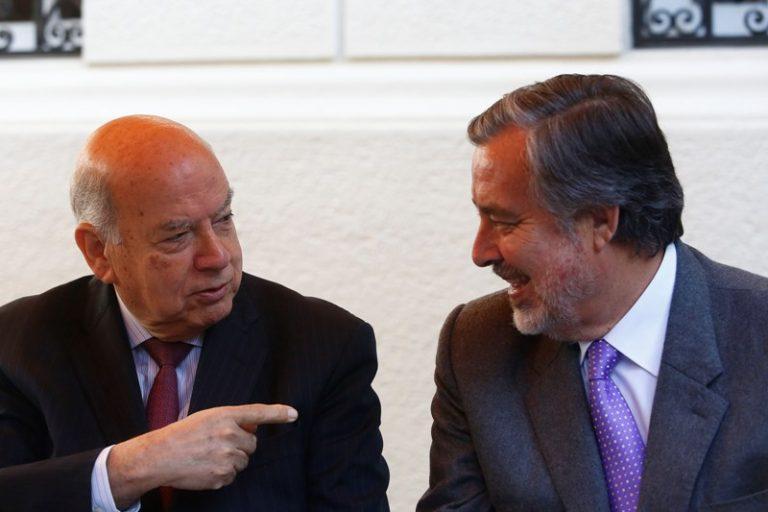 Insulza pone paños fríos a críticas por campaña de Guillier y pide a partidos cerrar filas en torno al senador