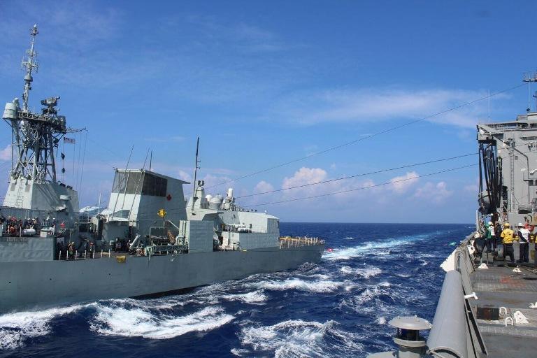 Armada de Chile y Canadá realizan entrenamiento en las costas de Hawai
