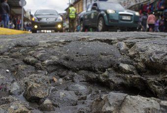 Aprueban idea de legislar proyecto que simplifica reparación de veredas y calles