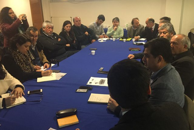 Alcalde Sabat manifiesta preocupación por proceso del Puente Cochrane en Valdivia
