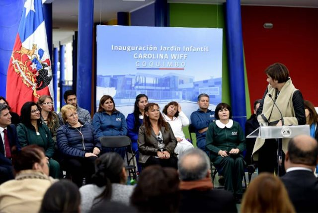 Bachelet inaugura jardín infantil que lleva el nombre de detenida desaparecida en 1975