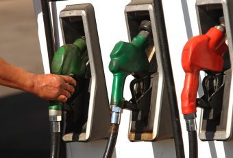 Hay que apretarse el cinturón: Enap informa que bencinas tendrán fuerte alza en sus precios