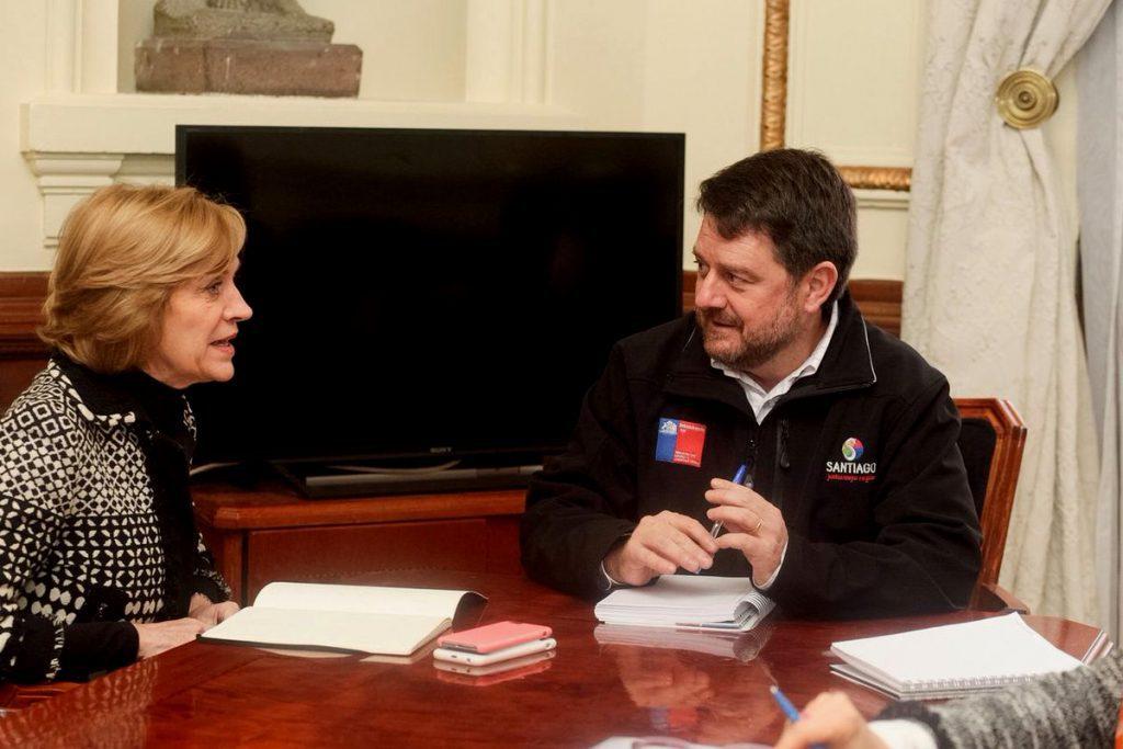 Alcaldesa Matthei le pide a Intendente Orrego cambiar lugar de estación de Teleférico Bicentenario