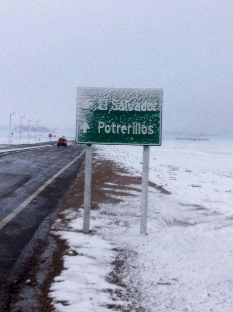 Cortes de rutas y personas aisladas deja frente de mal tiempo en Región de Atacama