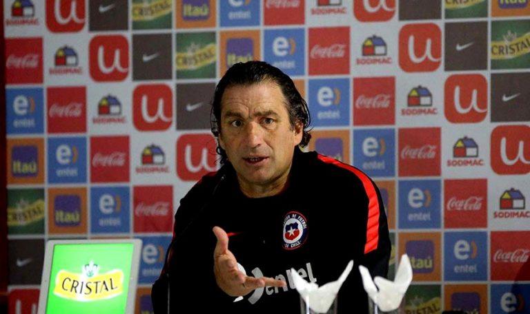 """Pizzi  y su particular forma de administrar disciplina: """"Los futbolistas ocupen los tiempos libres en lo que más le gusta hacer"""""""