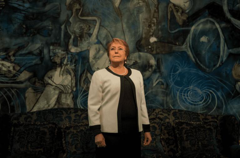 """Bachelet pide al TC escuchar """"la voz de la mayoría"""" y vise proyecto del aborto en tres causales"""