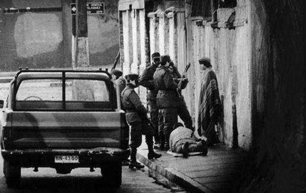 Caso Quemados: Ministro Carroza acusa a 13 militares en retiro por homicidio calificado