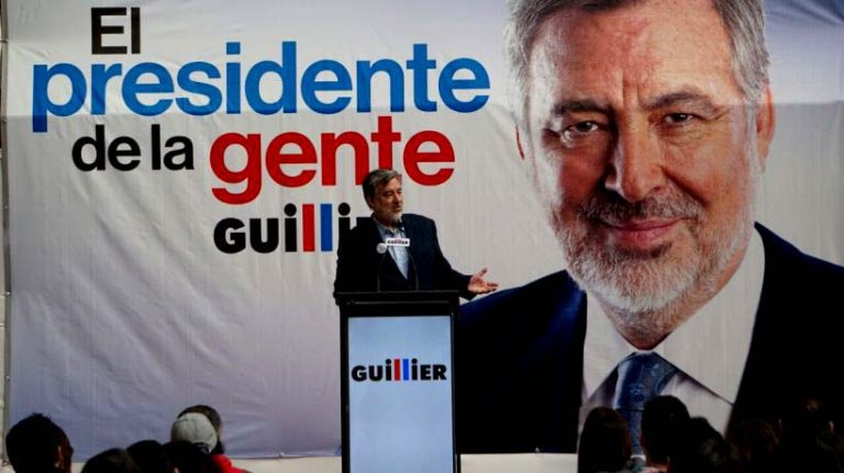 """Guillier presenta nuevo eslogan y dice que ahora parte la campaña: """"El Presidente de la gente"""""""