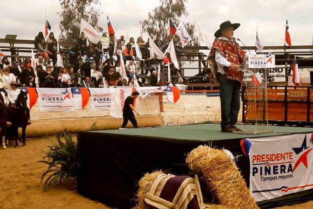 """(VIDEO) En Olmué, Piñera lanza su programa agrícola con énfasis en """"asegurar el agua"""" para el mundo rural"""