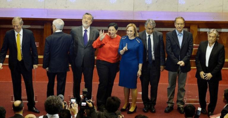 Primer debate presidencial marca el cara-cara de los ocho candidatos a La Moneda