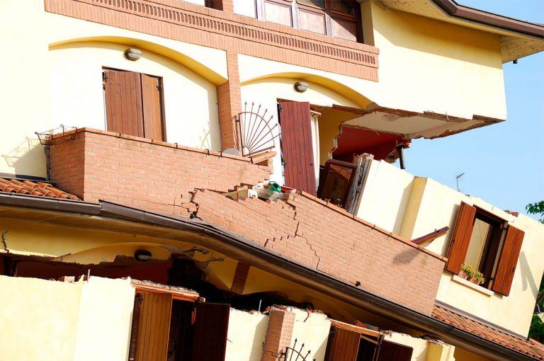 ¿Cuáles son las normas de construcción en ciudades con intensa actividad sísmica?