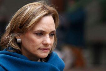 Senadora Goic se baja del viaje presidencial en protesta a designación del hermano del Mandatario como embajador