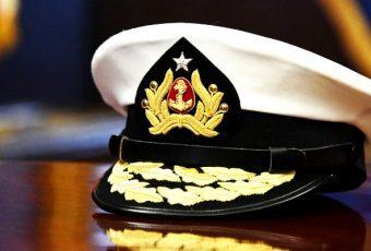 Presidenta aprueba Alto Mando de la Armada para 2018: Pasan a retiro 5 almirantes