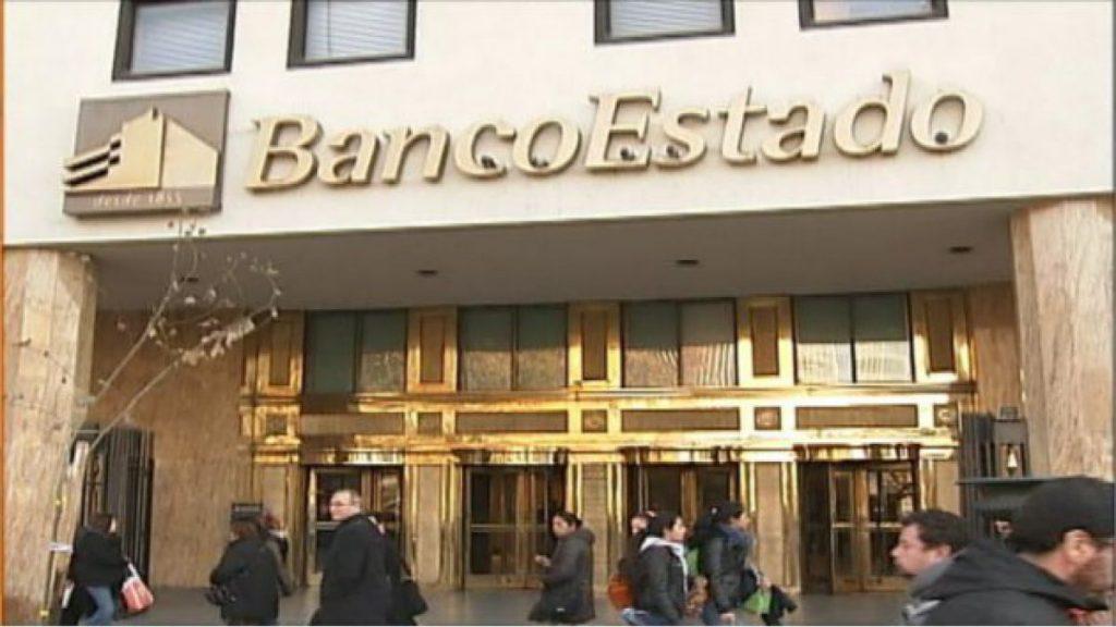 Amplitud denuncia altos cargos que hace BancoEstado a cuentas de candidatos