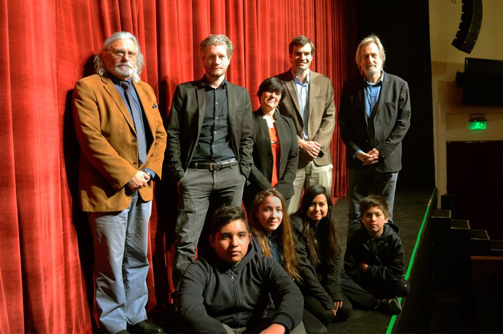UNESCO Santiago invitó a niños y niñas en situación de vulnerabilidad a disfrutar de película patrimonial sobre Valparaíso en Teatro NESCAFÉ