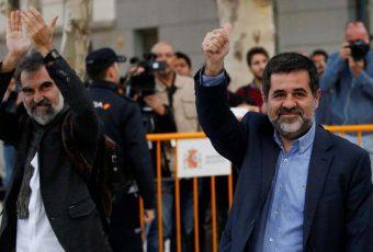 Justicia de Madrid envía a prisión a líderes de movimientos independentistas de Catalunya bajo el cargo de Sedición