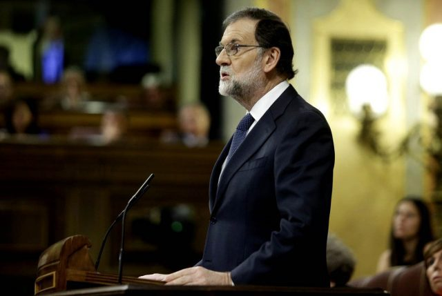 Rajoy da ultimátum a Catalunya y le pode plazo fatal de 5 días para aclarar declaración de Independencia