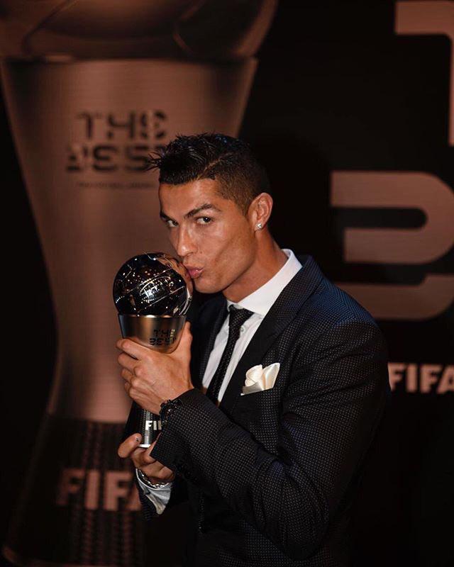 The Best FIFA Football Awards: Ronaldo, Zidane, Martens y Wiegman triunfan en Londres