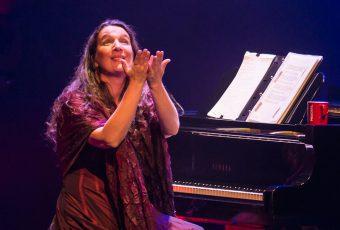 Uno de los íconos del fado renovado, Dulce Pontes, regresa al Teatro Nescafé