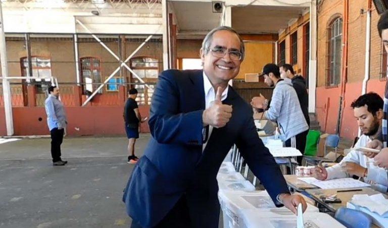Y se confirmó la gran sorpresa en Valparaíso: Kenneth Pugh es electo senador por RN