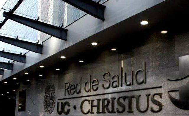 """Carlos Peña enjuicia a la red UC Christus por su gesto """"del buen samaritano"""" que le negó  trasplante a niña por ser pobre"""