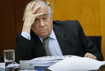 Zaldívar se fue a negro: Fiscalía lo investiga por tráfico de migrantes y cohecho