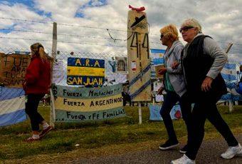 """Búsqueda ARA San Juan: Armada argentina da señales para prepararse para lo peor y revela """"anomalía hidroacústica"""""""
