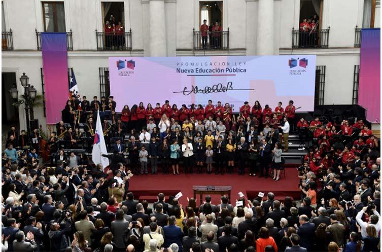 Presidenta de la República, Michelle Bachelet, promulgó la ley que crea el nuevo sistema de educación pública