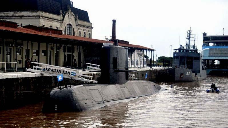 """Argentina: Defensa confirma que submarino """"San Juan"""" está desaparecido desde el miércoles en el Atlántico Austral"""