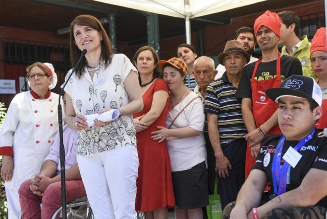 La ministra Narváez respondió a las críticas de Piñera por el tema de la muerte de la niña del Sename por falta de trasplante.