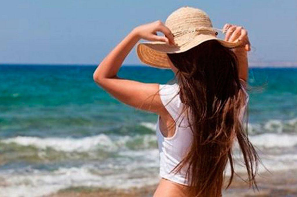 Manten tu cabello limpio en verano sin tener que lavarlo a diario