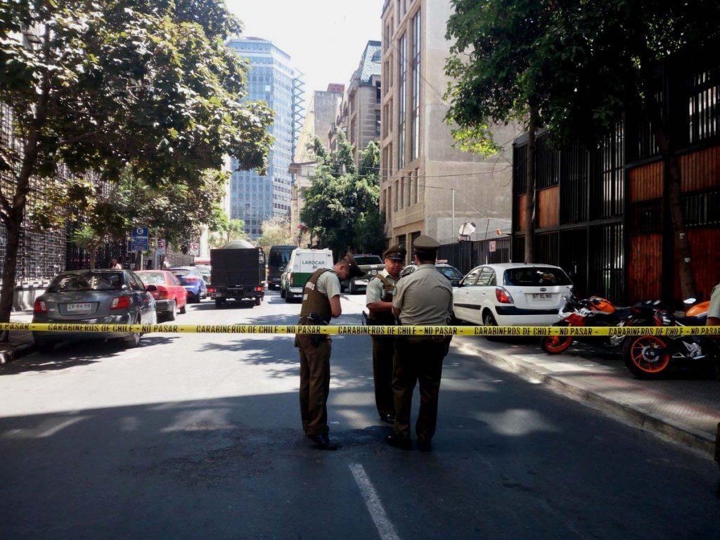 Gobierno se querella por colocación de artefactos explosivos de baja intensidad en sede del PS y PR