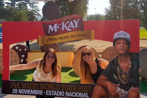 Galletas McKay cumple el sueño de sus fans y los lleva a ver a Bruno Mars