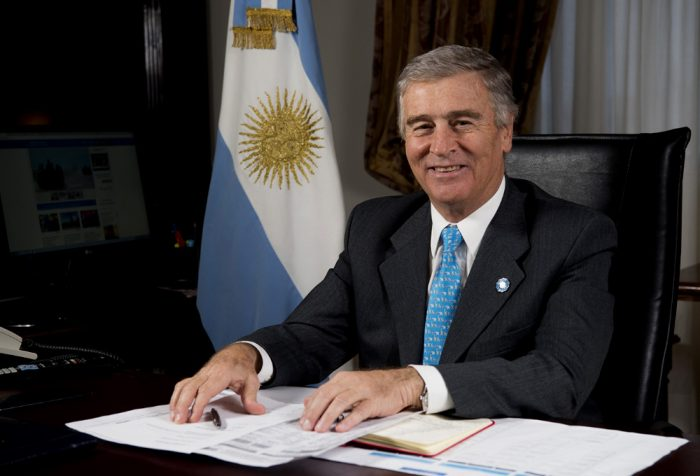Ministro de Defensa de Argentina, Oscar Aguad.