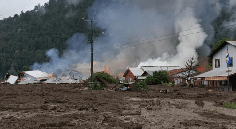 Aluvión en Chaitén deja viviendas dañadas y un carabinero desaparecido