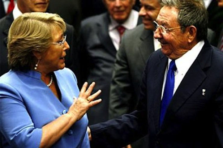 Senado autoriza viaje de Presidenta Bachelet a Cuba