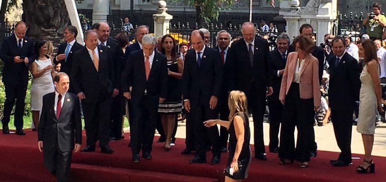 Con nombres conocidos y algunas sorpresas Piñera conforma su gabinete