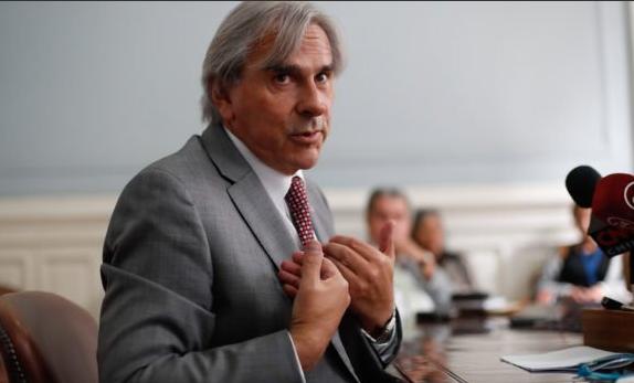 Caso Penta: Fiscal Guerra pide salida alternativa del procedimiento para senador Moreira