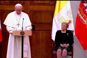 """Papa Francisco pide perdón por abusos en la Iglesia chilena: """"Siento dolor y vergüenza"""""""