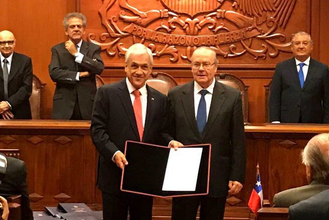 Piñera es proclamado oficialmente Presidente Electo por el Tricel