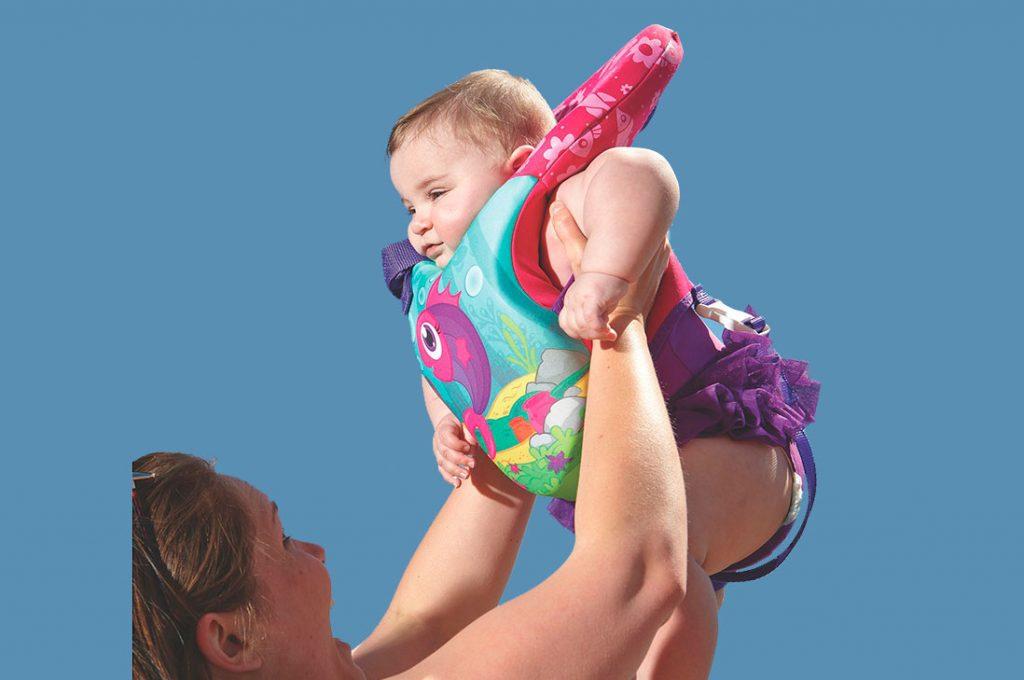 Los niños menores de 13 kilos requieren flotadores especiales para evitar  accidentes por inmersión 36bb31381a0