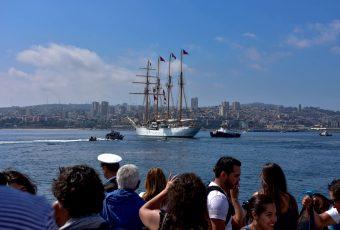 """La """"Esmeralda"""" inició su 63° Crucero de Instrucción: El 25 de abril recalará en Brasil para dar inicio a la Regata velas Bicentenario"""