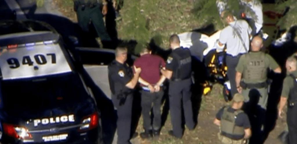 Otra más en EE.UU: 17 muertos deja tiroteo en escuela de Florida