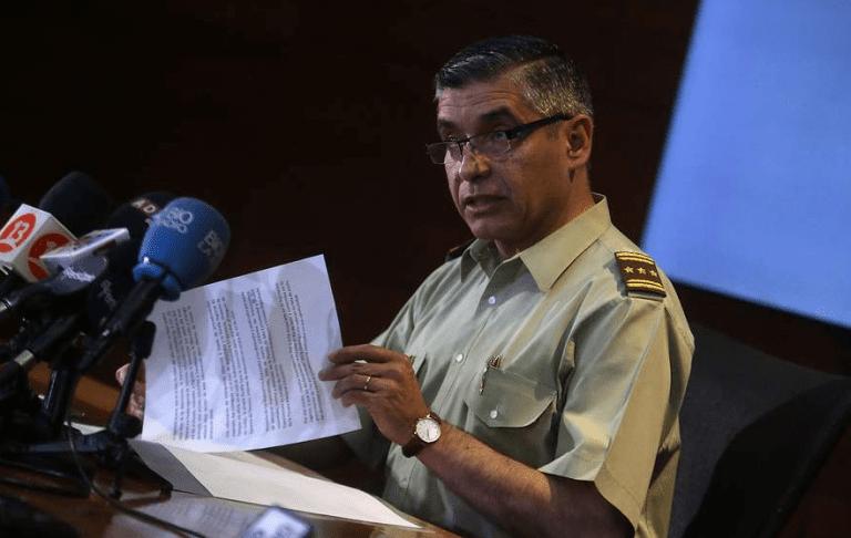 Nueva baja en Carabineros: Renunció el general a cargo de inteligencia y mano derecha de Villalobos